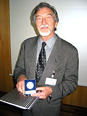 Verleihung der EDA-Medaille 2002 an Prof. Dr.-Ing. Joachim Mucha